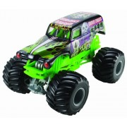 Hot Wheels CCB06 1:24 Scale Monster Jam Grave Digger Die-Cast Vehicle, Multi Color