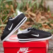 Мъжки спортни обувки NIKE CORTEZ 1972 - 833238-002