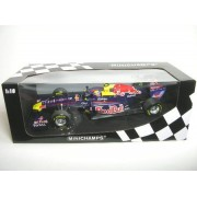 Red Bull Racing Renault RB7 Mark Webber F1 2011 1/18 by Minichamps 110110002