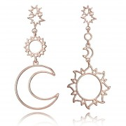 Estrella de cinco puntas de aleación de lunares asimétricos aretes largos espárragos oído Ear Rings