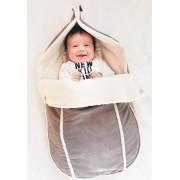 Wallaboo suède-look voetenzak - past in de autostoel - pasgeboren tot 12 maanden - met een teddy voering - taupe