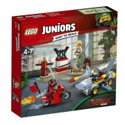 LEGO Juniors - Ninjago Movie, Atacul rechinului 10739