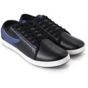 Fila Sneakers For Men(Black, Blue)